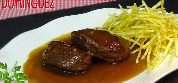 Carrilleras de cerdo en salsa Pedro Ximenez y patatas paja