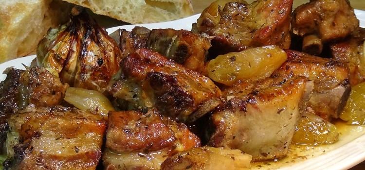 Receta cocina de cómo hacer Costillas de cerdo a la cerveza y al horno ¡súper fácil! Receta paso a paso para que te resulte sencilla de hacer y el resultado que obtengas sea el mejor