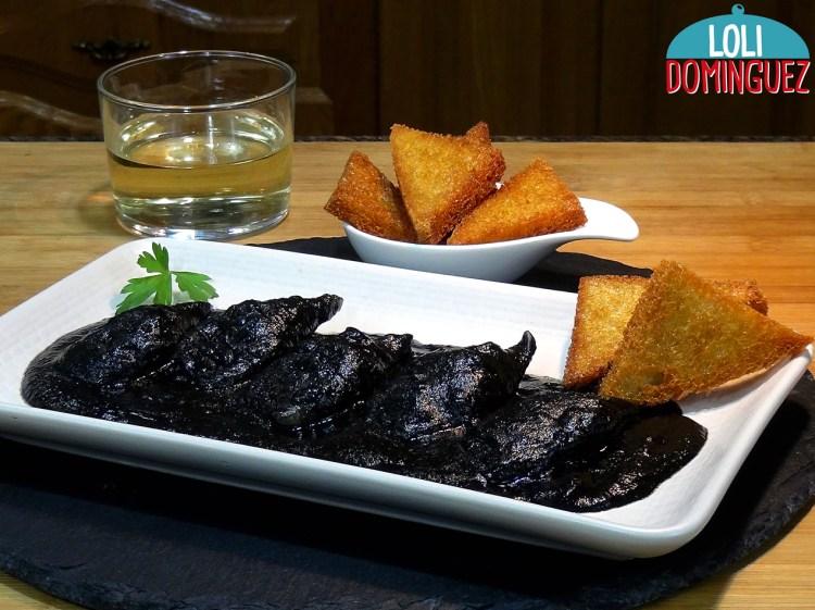 Chipirones o calamares en su tinta, receta tradicional, fácil y deliciosa, sobre todo para tomar como aperitivo o entrante de una comida o cena
