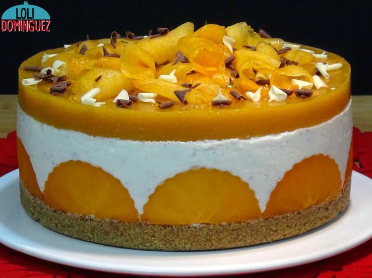 Tarta de yogur con fruta Caqui o Kaki Persimón. Tarta sin horno muy fácil, rápida, deliciosa y con un precio muy asequible porque lo ideal es utilizar futas de temporada