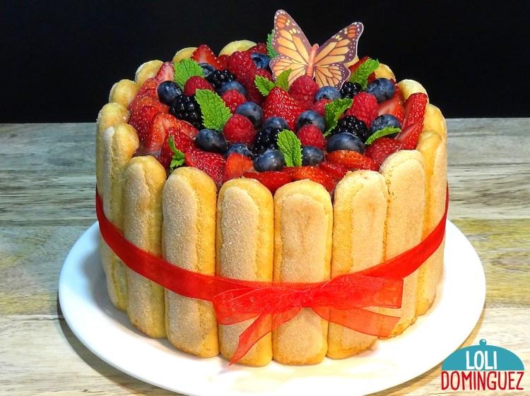CHARLOTTE O CARLOTA DE FRUTOS ROJOS, SIN HORNO RECETA FÁCIL. Una tarta tan fácil y rápida de hacer que es una de las que sin pensarlo dos veces repetirás