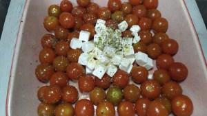 pasta con queso feta y tomates cherrys famosa viral tik tok