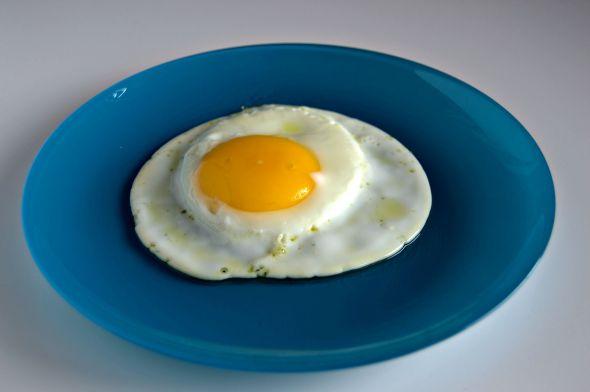 Cómo freír  huevos Sunny Side Up