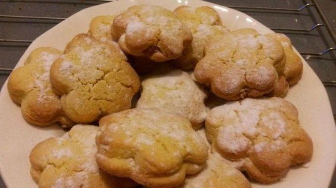 galletas-de-pastaflora-con-crema-de-manzana