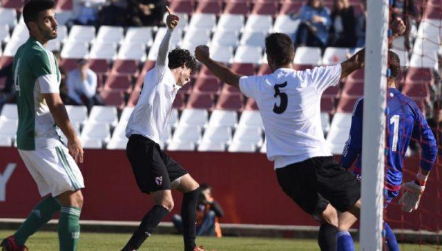 Carlos Fernández y Bernardo celebran el gol en el derbi chico |Imagen: Sevilla FC