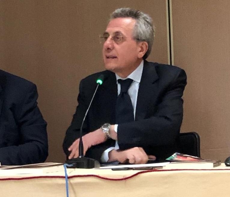 """Radicalizzazione, Mario Caligiuri conclude il Corso di Alta Formazione dell'Università di Bari: """"Fenoneno in crescita nell'Unione Europea che richiede l'uso decisivo dell'intelligence. Ma una buona intelligence servirà a poco in presenza di una cattiva politica"""""""