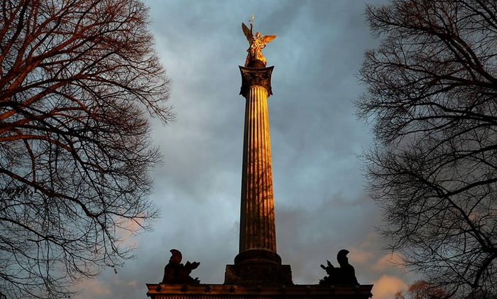barbu moaca Îngerul pacii München Germania resize