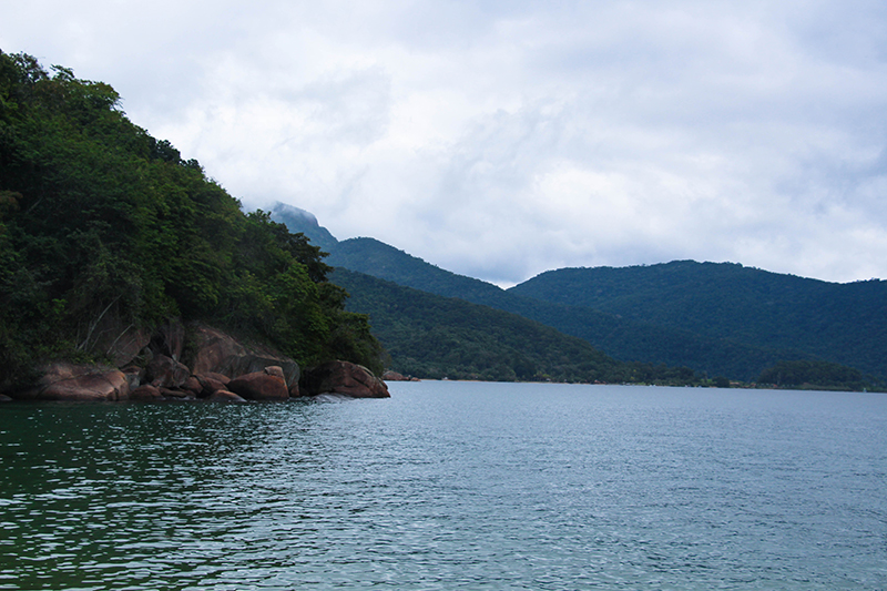 ilha grande vue montagnes