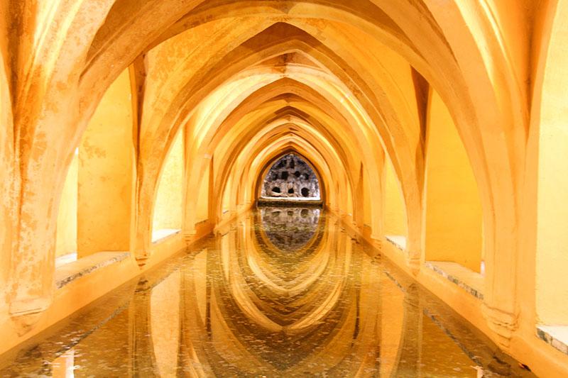palais alcazar seville