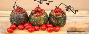 Musaka wegetariańska z bakłażana i kaszy jaglanej
