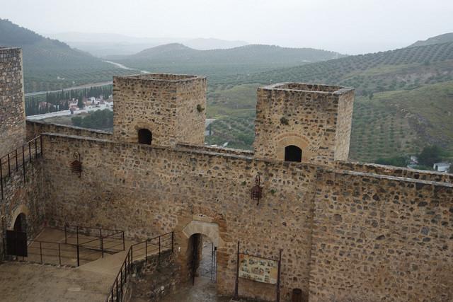 Entrada al castillo de Alcaudete