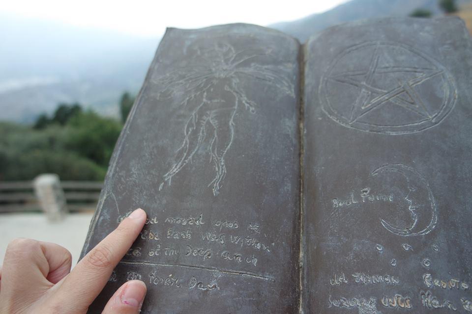 libro-de-los-conjuros