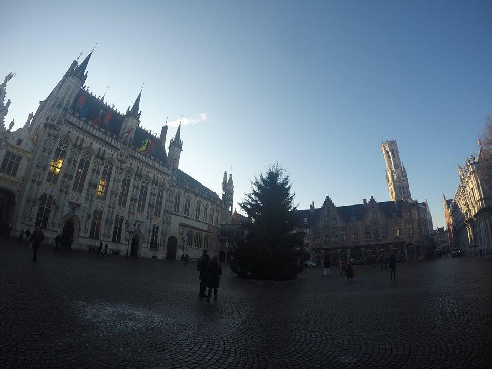 plaza-del-burg-brujas-navidad-en-brujas