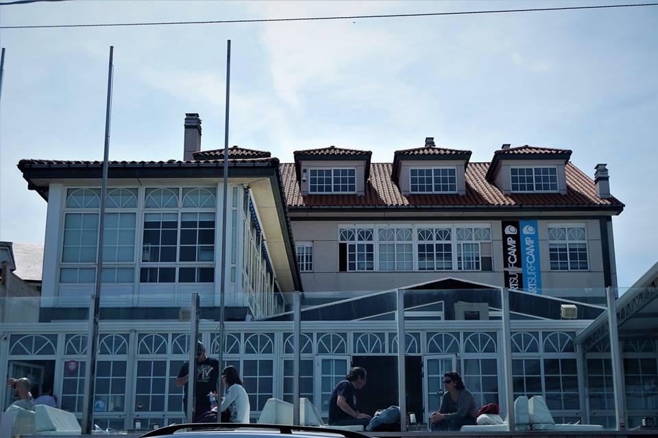 Escuela de surf en Galicia Art Surf Camp edificio