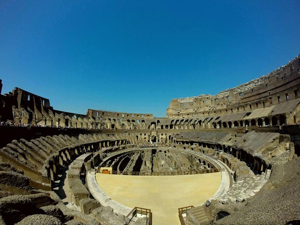 El Coliseo, equipaje para viajar a Roma
