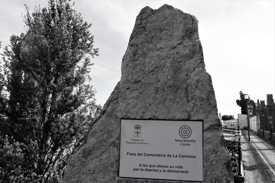 Fosa del cementerio de La Carriona