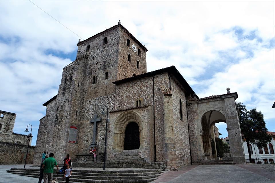 Plaza de Cristo Rey, qué ver en Llanes