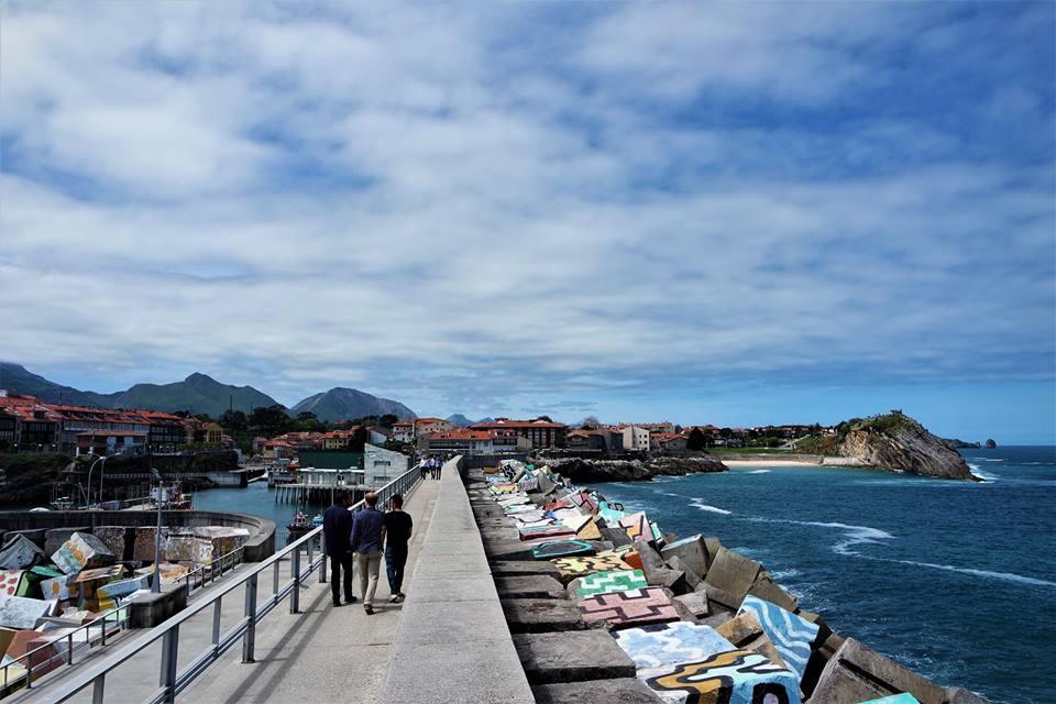 Puerto de Llanes, Los cubos de la memoria
