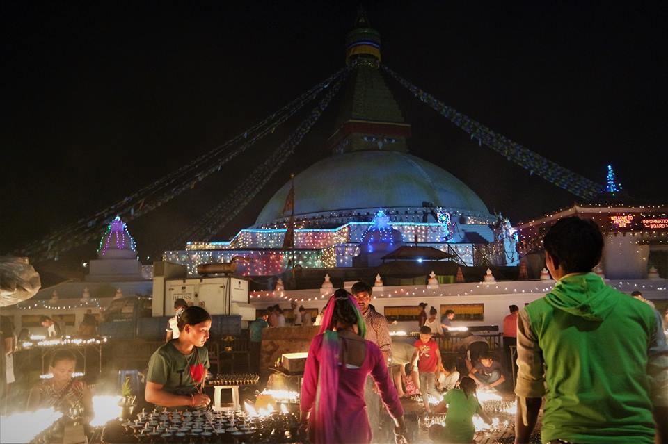 Noche de luna llena en Bodhan