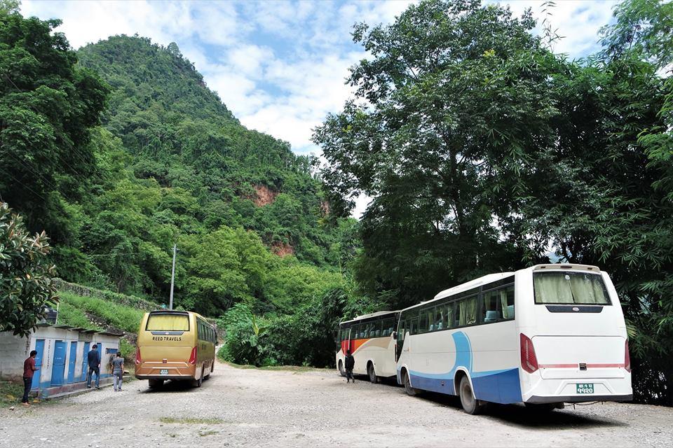 Autobús turístico de Katmandú a Pokhara