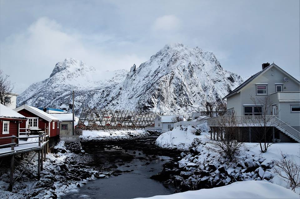 Casas y paisajes de las islas Lofoten