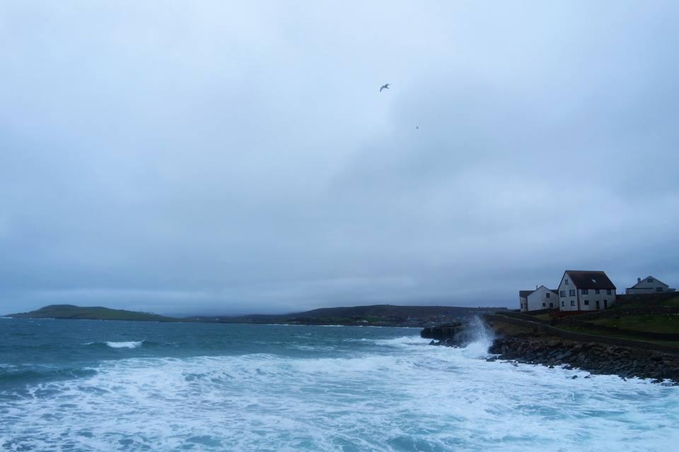 Lerwick azotada por el mar del Norte