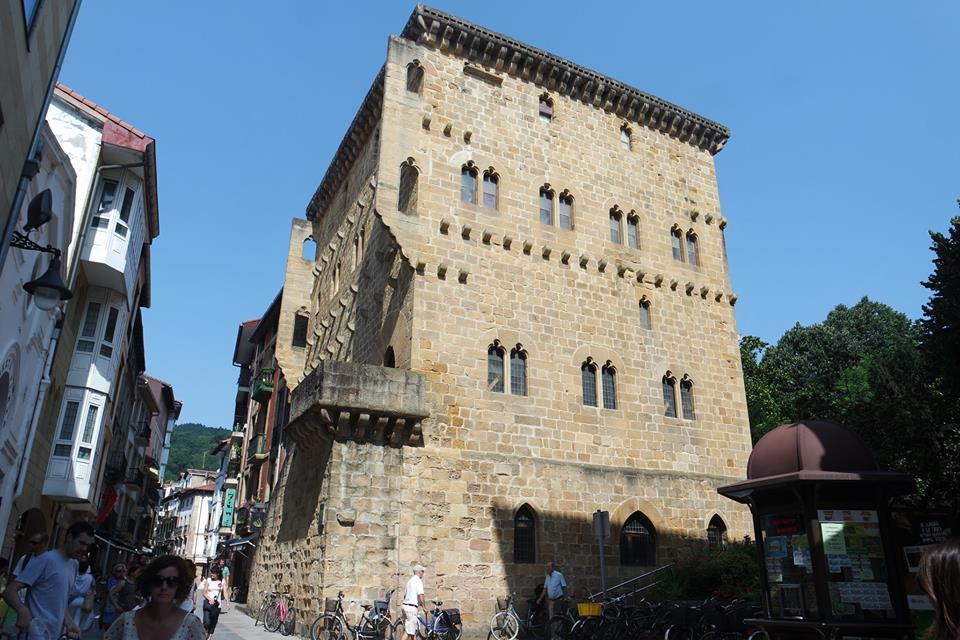 Torre Luzea, qué ver en Zarautz