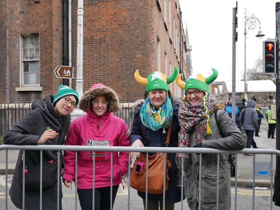Turistas en Dublín