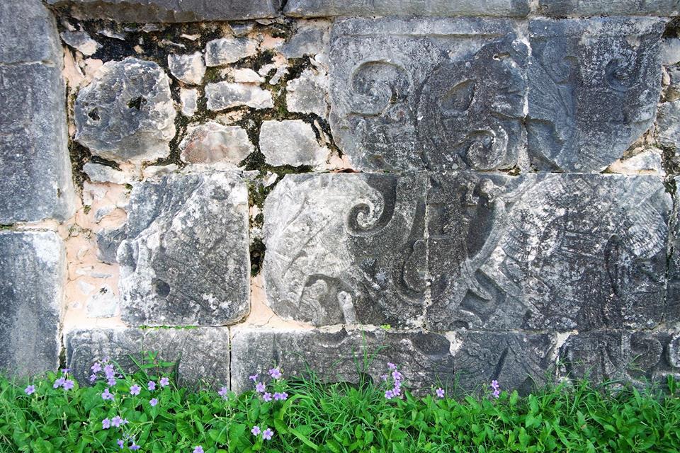 Historia de Chichén Itzá en piedra