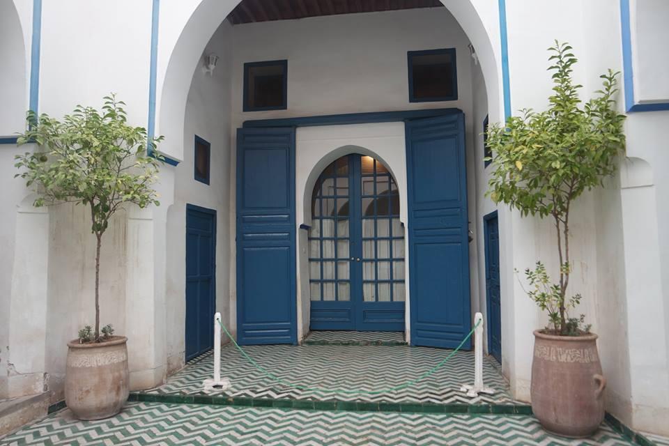 Una puerta a los palacios de Marrakech