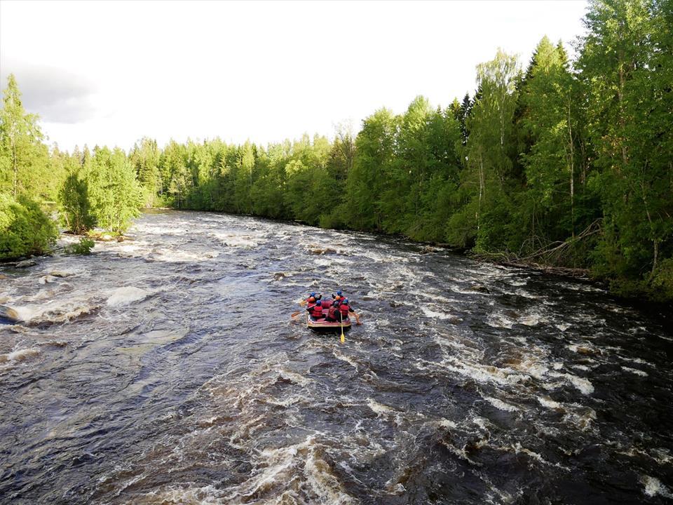 Rafting en Varjola