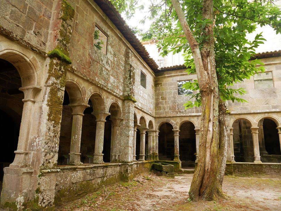 Claustro del Monasterio Santa Cristina