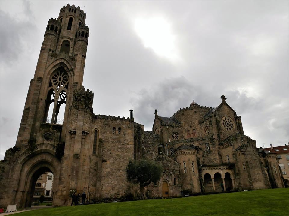 Iglesia de la Vera Cruz, O Carballiño