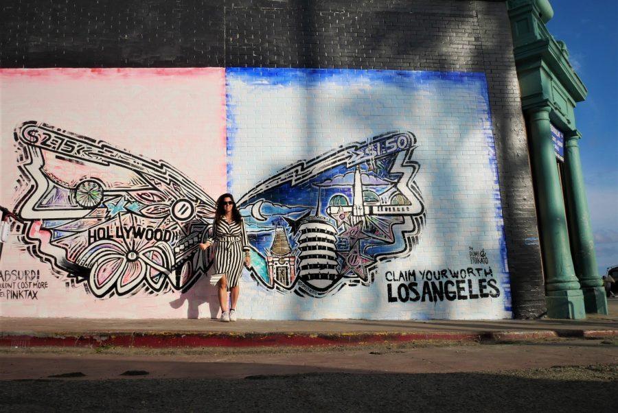 Mural de alas de ángel en Venice