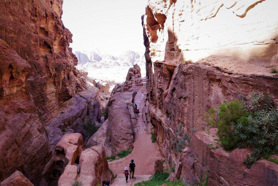 Subida al lugar del Sacrificio, visitar Petra en 2 días