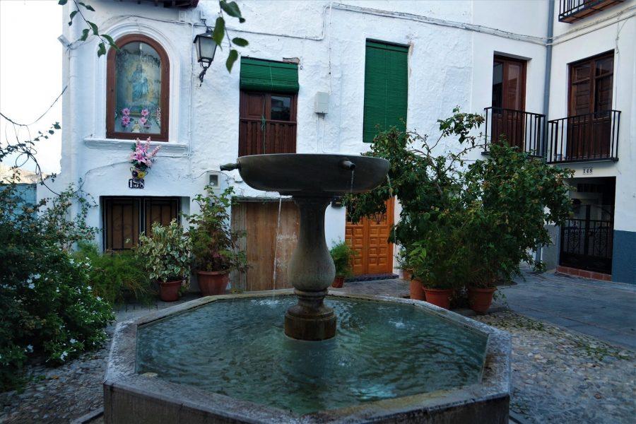 Plaza en Lanjarón, Granada