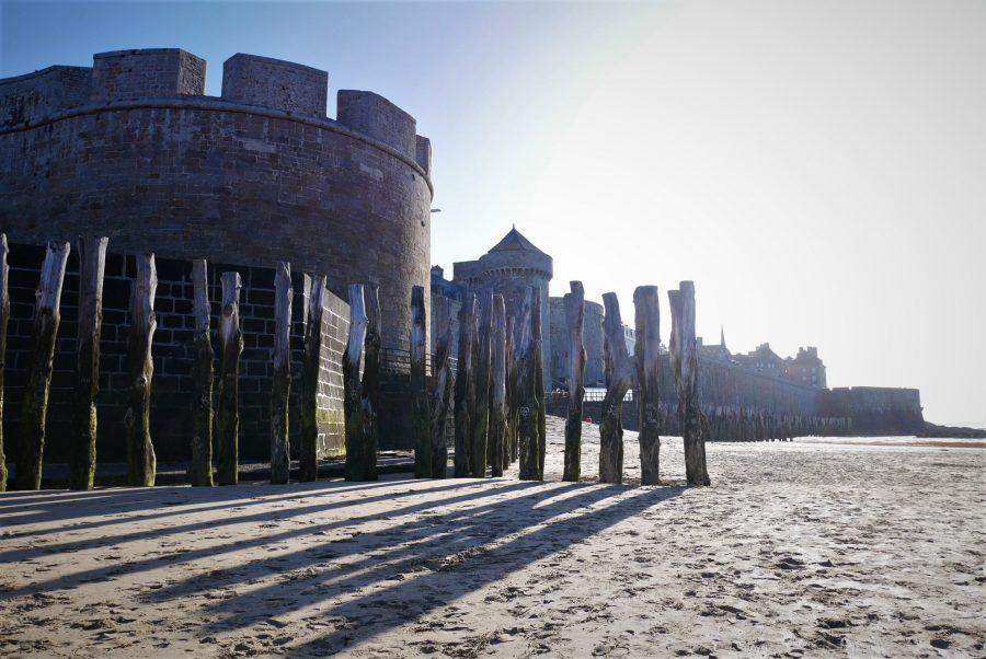 Contención del mar en Saint-Malo