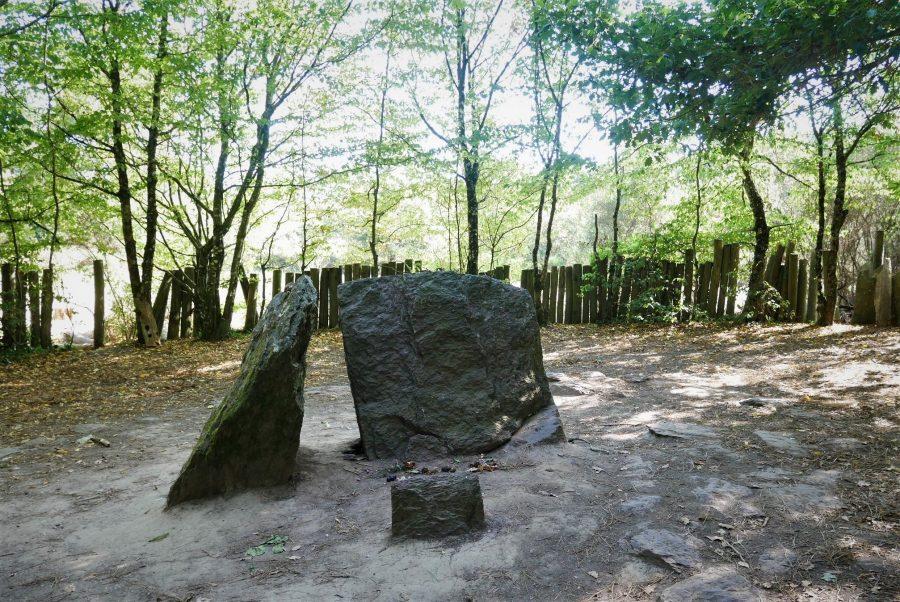Tumba del mago Merlín, bosque de Brocéliande