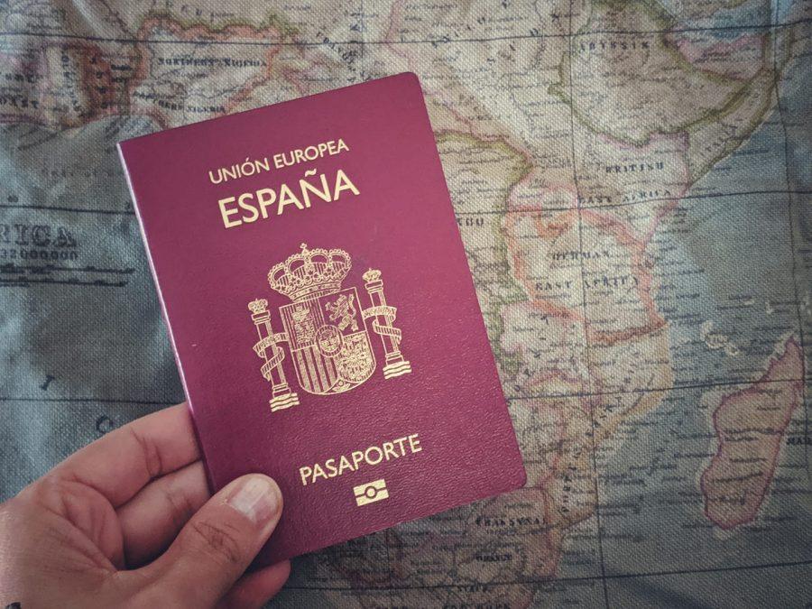 Pasaporte, imprescindibles de viaje