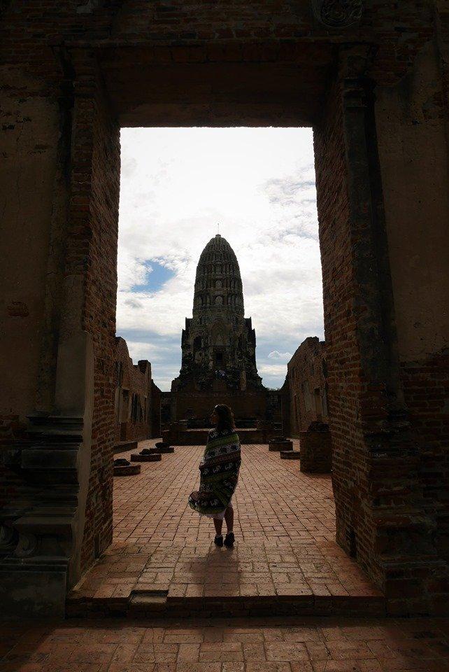 Vestimenta para visitar un templo en Tailandia