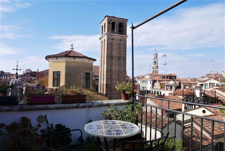 Terraza del hotel en Venecia