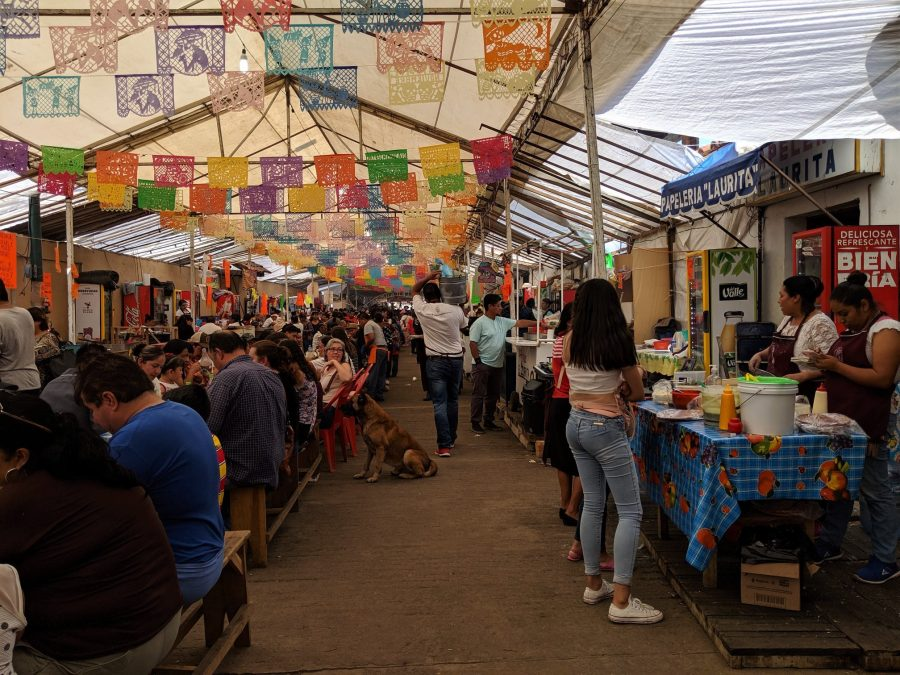 Feria gastronómica en Cápula