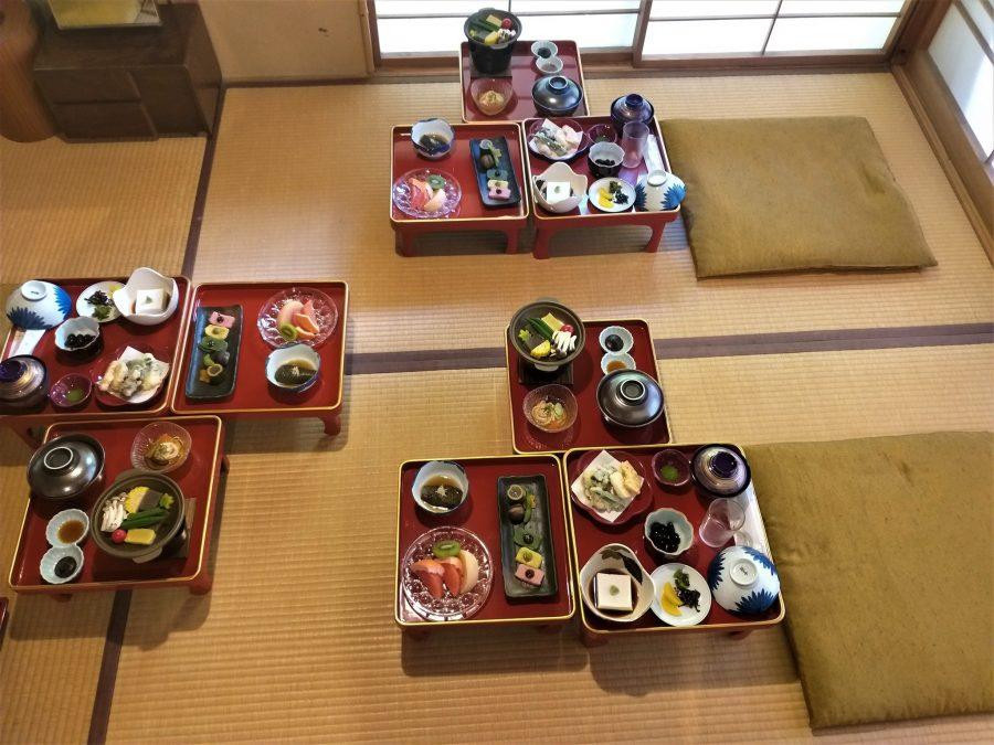 Cena en el monasterio budista de Koyasan