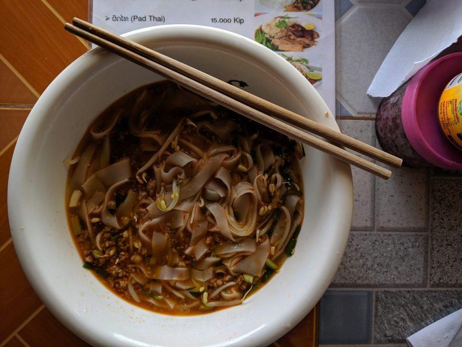 Sopa de fideos en Laos, platos típicos del mundo