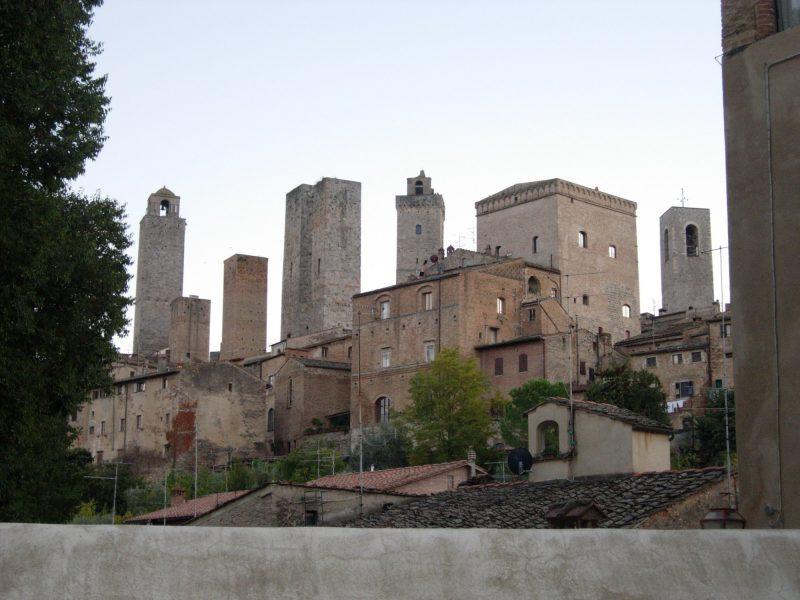 San Gimignano, ruta por La Toscana en coche
