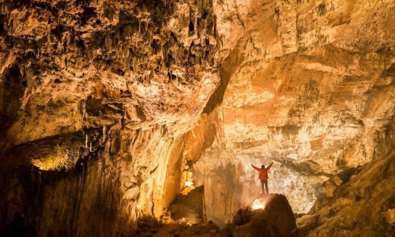 Visita a la Cueva de Valporquero en León