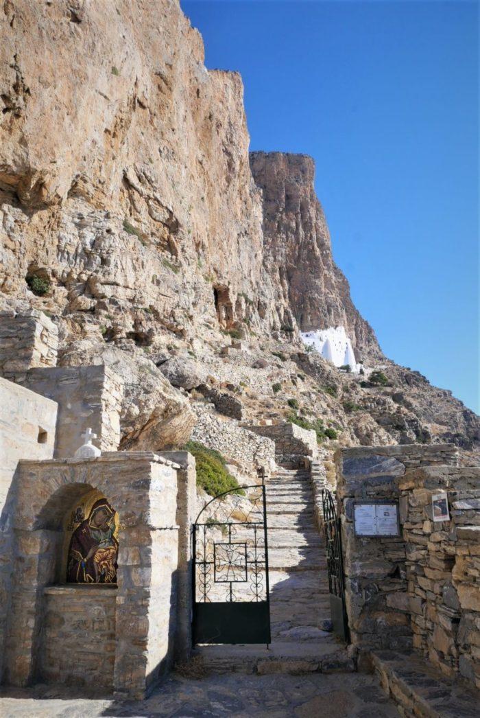 Subida al monasterio de Amorgos