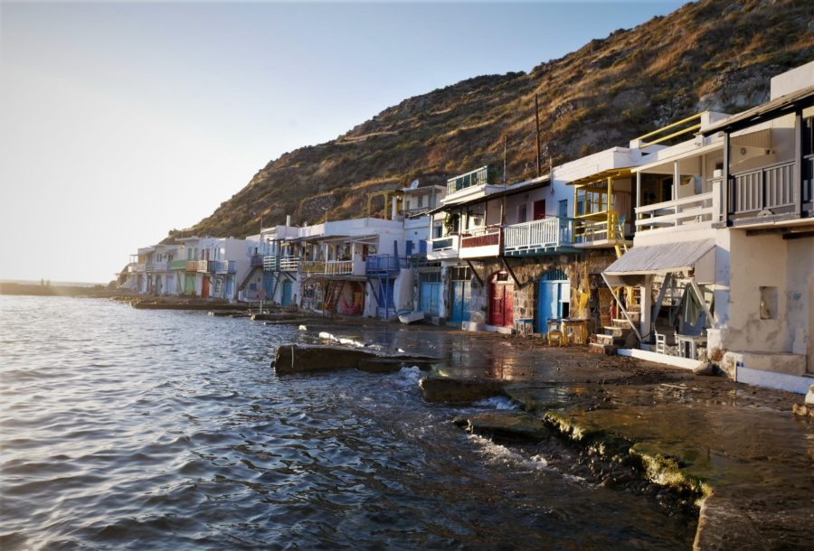 Puerto de Klima, qué ver en Milos, islas griegas
