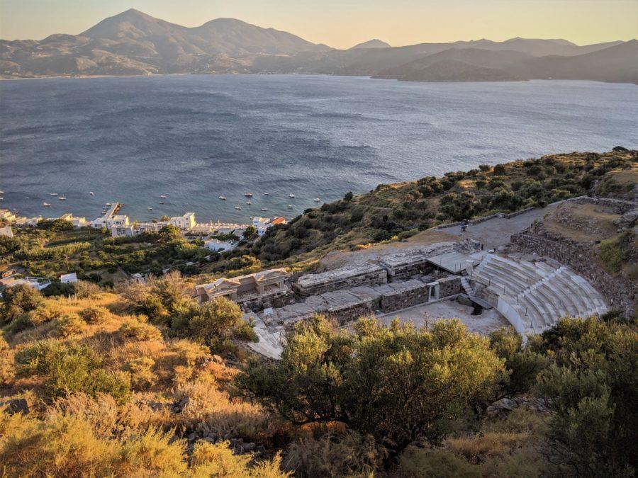 Teatro griego, qué ver en Milos Grecia