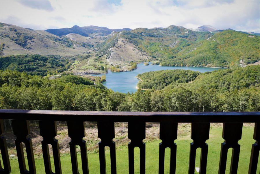 Vistas desde la habitación en el parador de Cervera de Pisuerga, Montaña Palentina